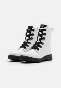 Esprit - PARIS BOOTI - Snørestøvletter - white - 2