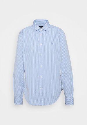 GEORGIA LONG SLEEVE - Button-down blouse - medium blue/white