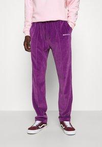 9N1M SENSE - TRACK PANTS UNISEX - Pantalon de survêtement - purple - 0
