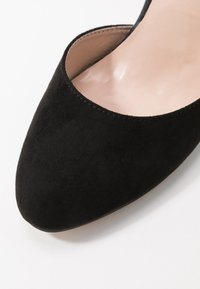 Dorothy Perkins Wide Fit - WIDE FIT DEBS ROUND TOW TWO PART COURT - Høye hæler - black - 2