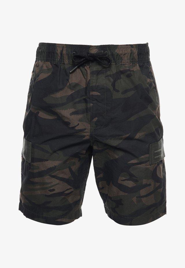 CARGO - Shorts - army camo