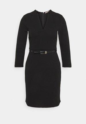 Quarter sleeves mini bodycon dress with belt - Shift dress - black