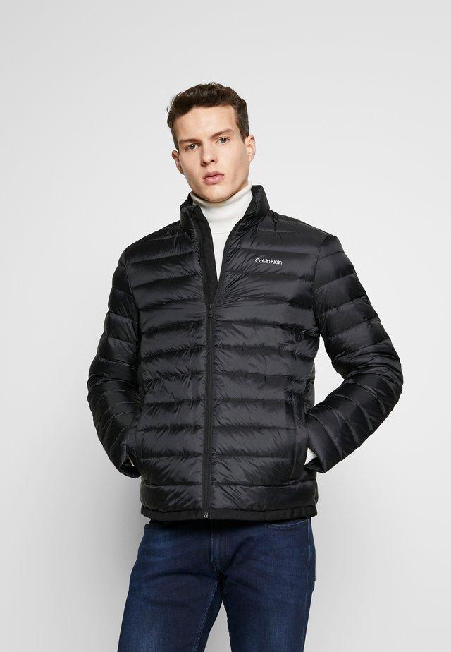 LIGHT LINER - Down jacket - black