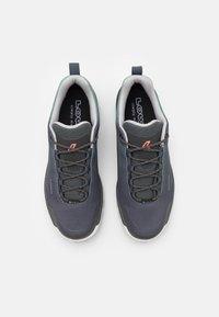 Lowa - ZIRROX GTX LO  - Zapatillas de senderismo - grey/jade - 3