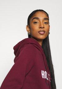 Hollister Co. - TECH CORE  - Sweatshirt - bordeaux - 4