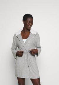 Anna Field - RIBBED BATHROBE - Dressing gown - grey - 0