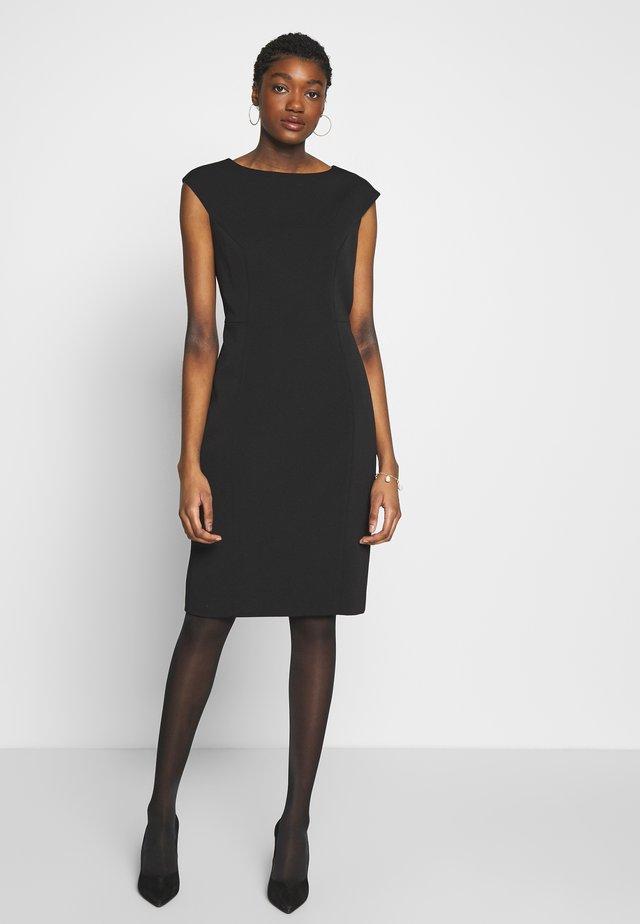 PELAGAI - Sukienka etui - black
