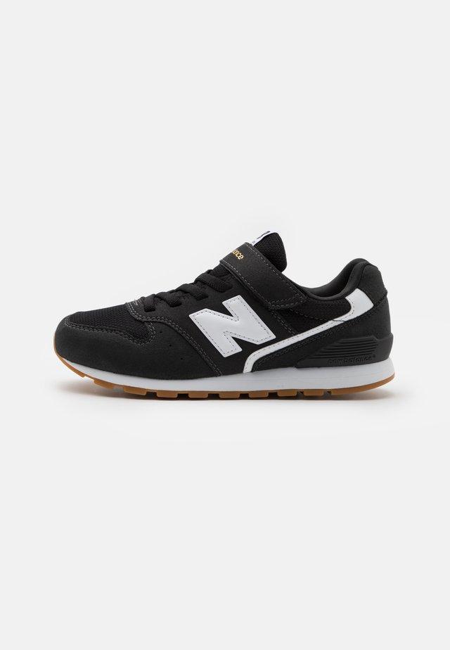 YV996CPG UNISEX - Sneakers - black