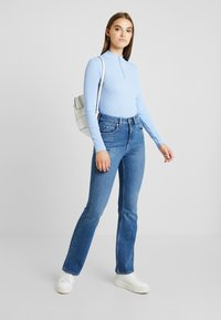 Monki - KIM ZIP - Long sleeved top - soft blue - 1