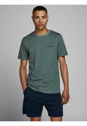 Print T-shirt - north atlantic