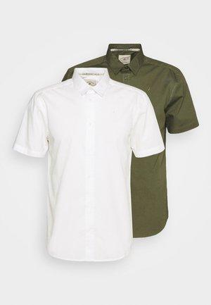 CORE 2 PACK - Vapaa-ajan kauluspaita - off white / khaki