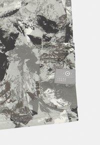 Jack & Jones Junior - JJISTONE 2 PACK - Shorts - deep lichen green - 3