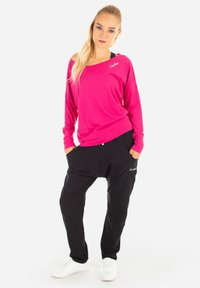 Winshape - MCS002 ULTRA LIGHT - Sweatshirt - deep pink - 2
