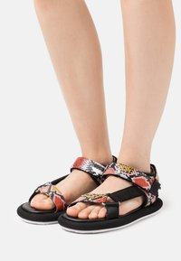 Tommy Jeans - PRINT SPORTY - Sandals - black - 0