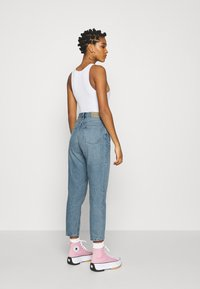 Monki - TAIKI - Straight leg jeans - blue dusty light - 2