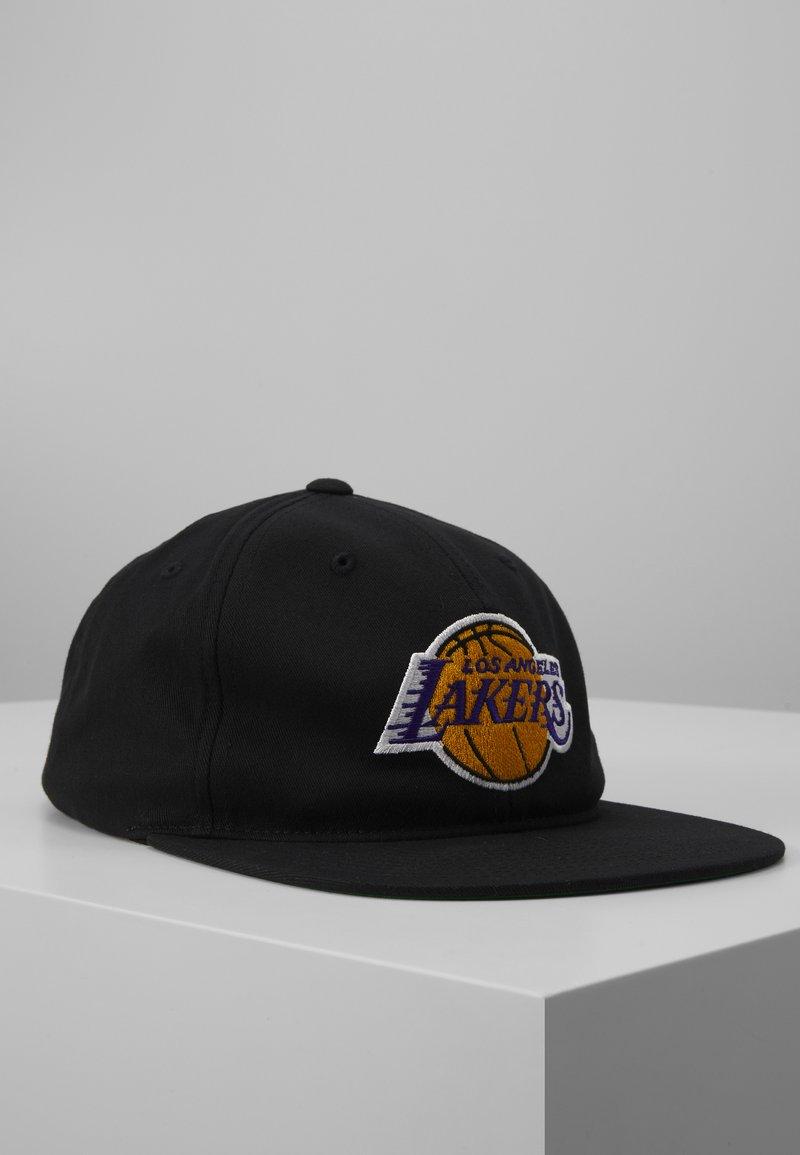 Mitchell & Ness - NBA LA LAKERS TEAM LOGO DEADSTOCK THROWBACK SNAPBACK - Kšiltovka - black