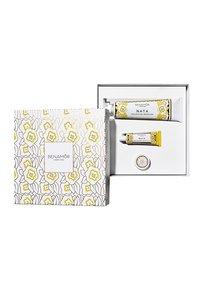 Benamor - GIFT BOX BODY CREAM - Skincare set - nata - 1
