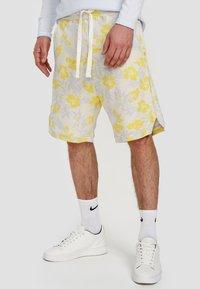Ordinary Truffle - Shorts - white - 0
