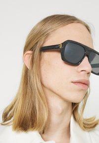 Dunhill - UNISEX - Solglasögon - black/silver-coloured - 1