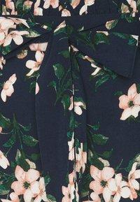 Vero Moda - Shorts - navy blazer - 5