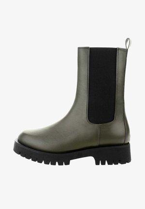 FONDI - Platform ankle boots - green