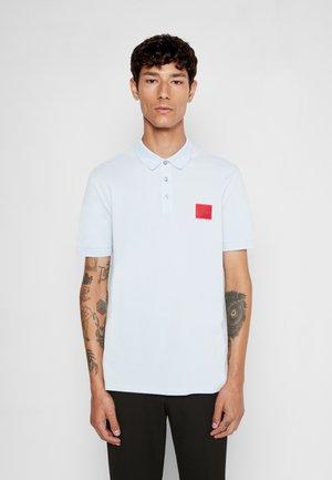 DERESO - Polo shirt - light/pastel blue