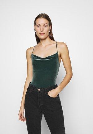 COZY CHASE - Top - dark green