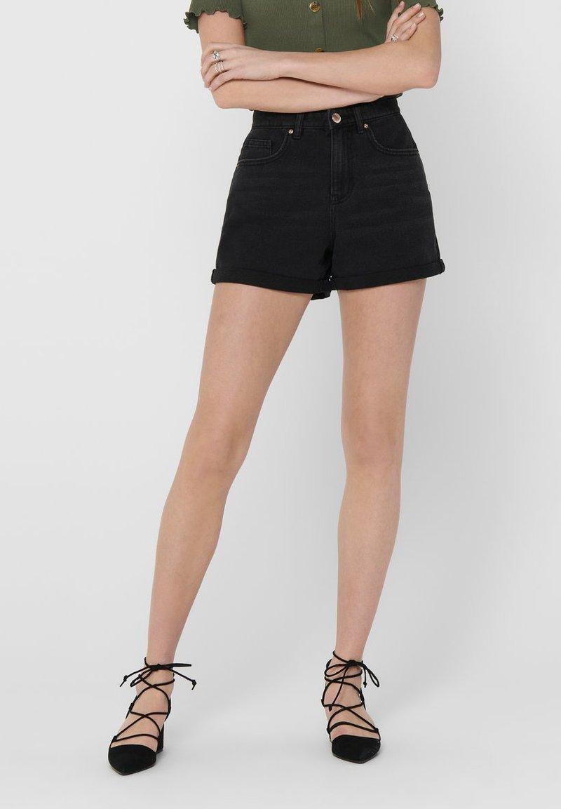 ONLY - JEANSSHORTS REGULAR FIT - Denim shorts - black