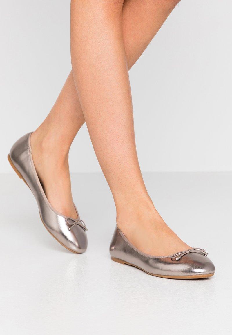 PARFOIS - Ballerinasko - silver