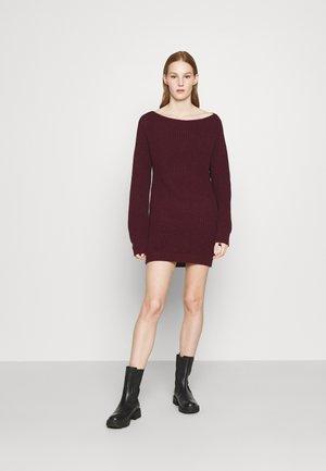 MINI DRESS - Jumper dress - burg