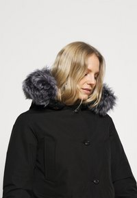 Canadian Classics - LINDSAY  - Down coat - black - 5
