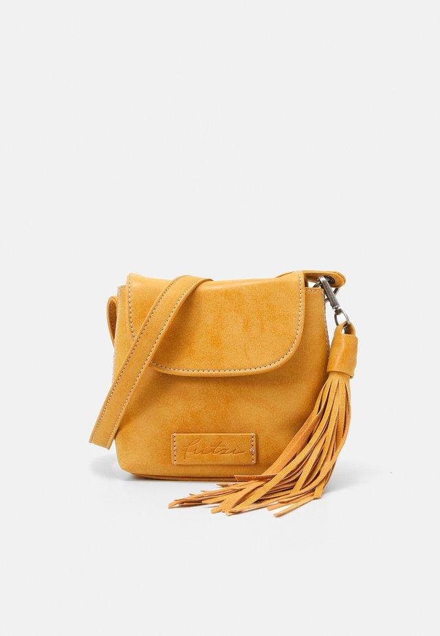 Across body bag - honey mustard