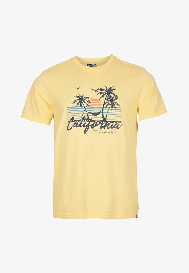 CALIFORNIA BEACH - T-shirt print - gold haze