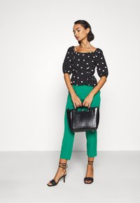 New Look Petite - ESMARELDA NECK TOP - Blouse - black - 1