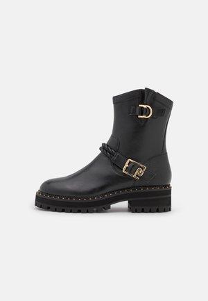 LUNA  - Cowboy/biker ankle boot - black