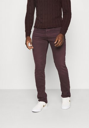 GROVER - Straight leg jeans - deep burgundy
