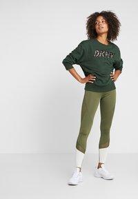 Even&Odd active - Tights - dark green/multicolor - 1
