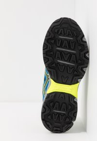 ASICS - GEL-VENTURE 7 - Trail running shoes - black/safety yellow - 5