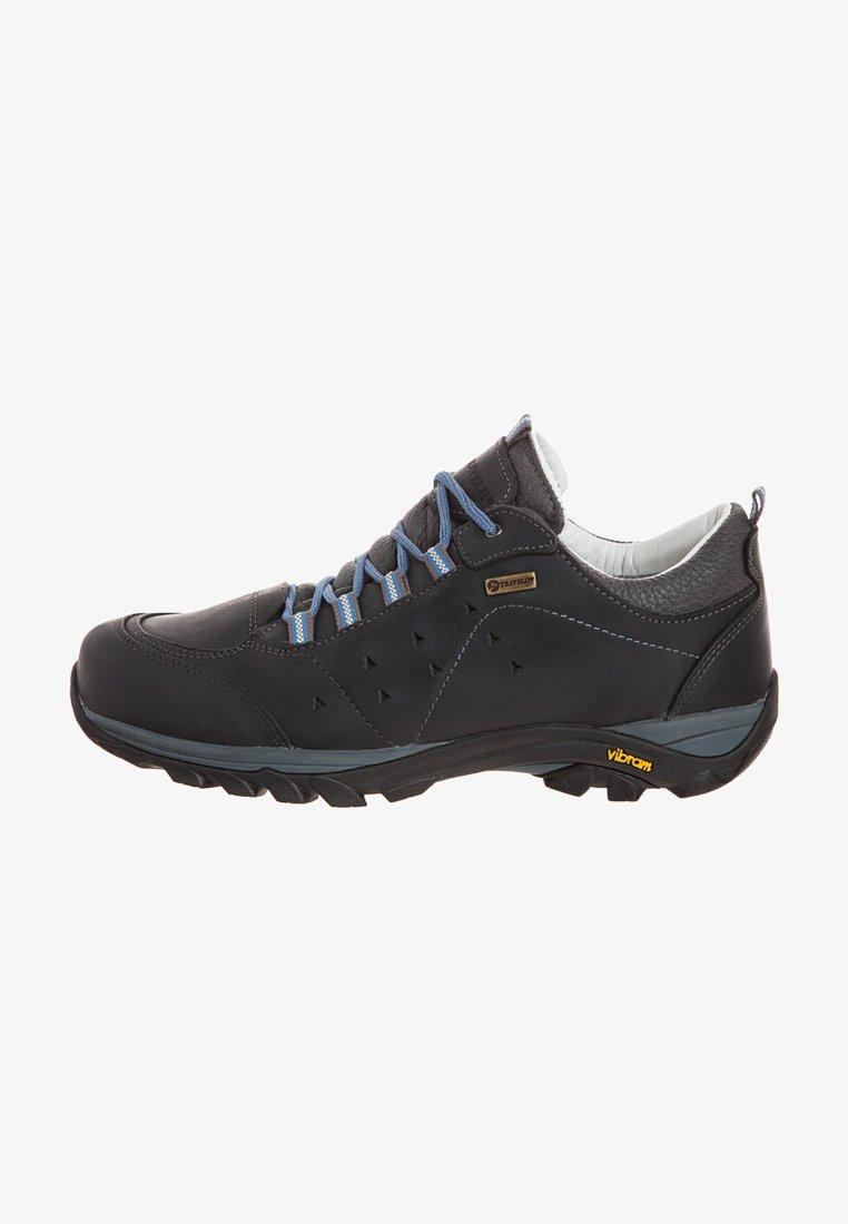 Travelin - AARHUS LOW - Hiking shoes - black