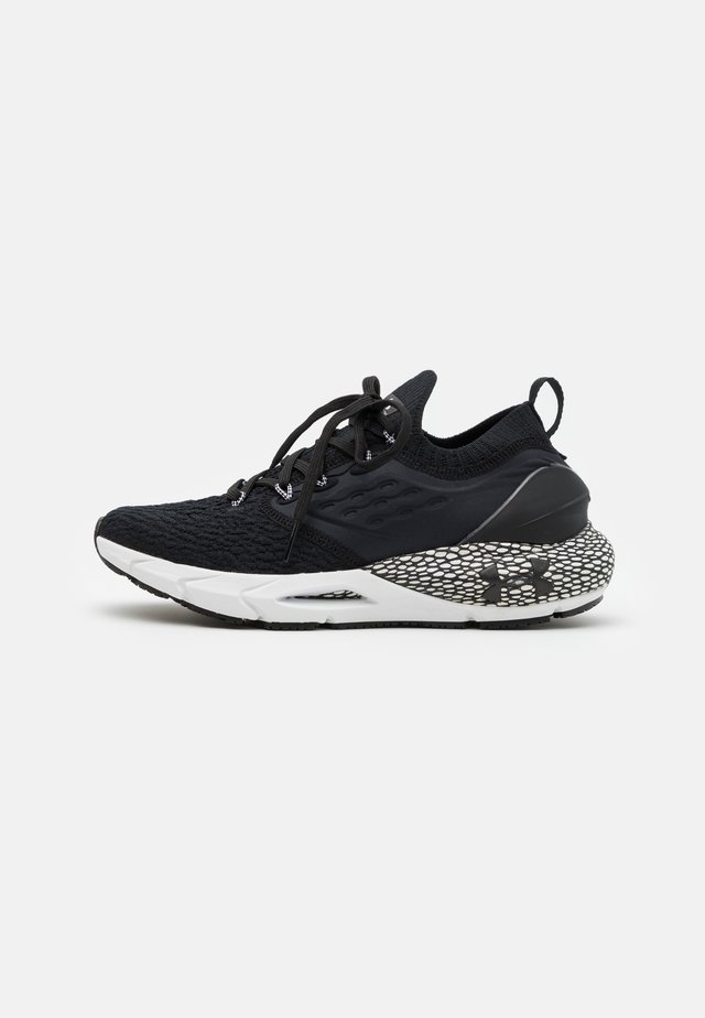 HOVR PHANTOM 2 - Neutrální běžecké boty - black/white