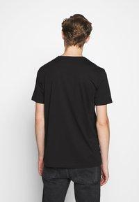 Iceberg - PETER BLAKE AMERICA  - Print T-shirt - nero - 2