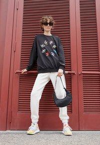 adidas Originals - Sweatshirt - black - 1