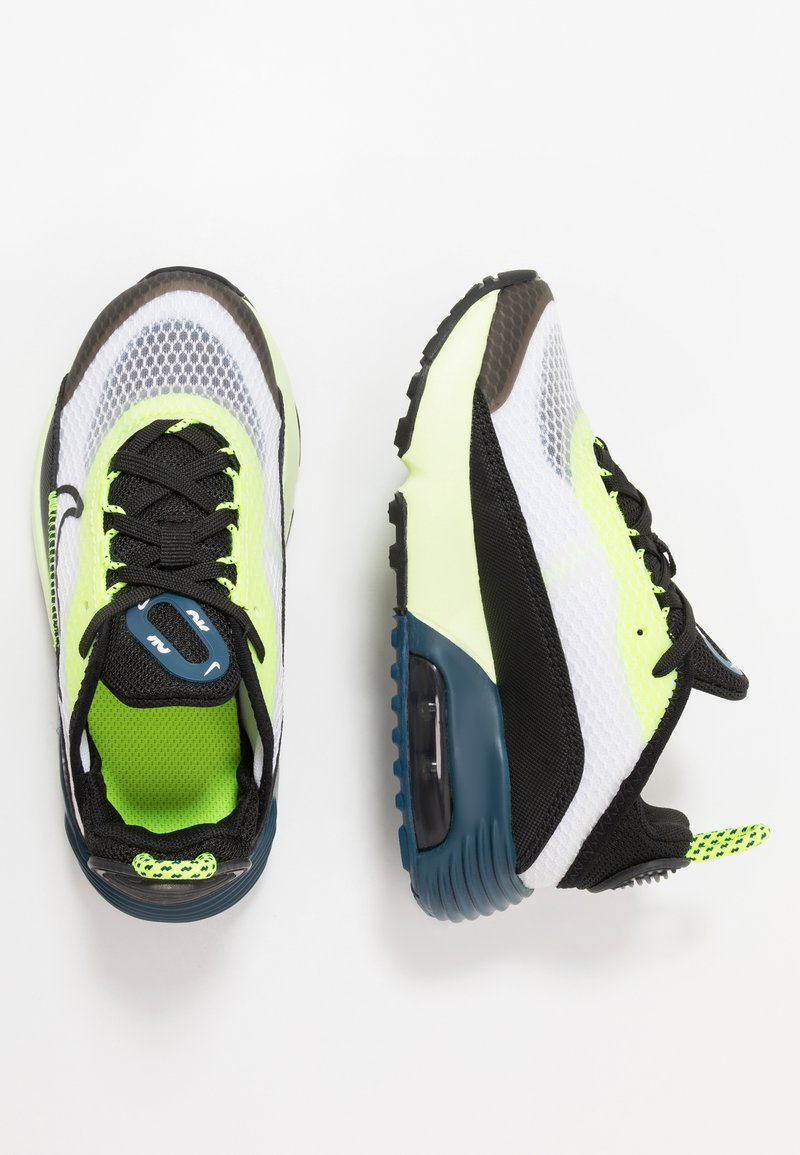 Nike Sportswear - AIR MAX 2090 UNISEX - Zapatillas - white/black/volt/blue force