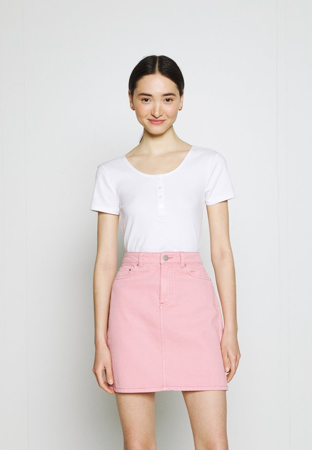 ONLSIMPLE LIFE BUTTON - Basic T-shirt - bright white