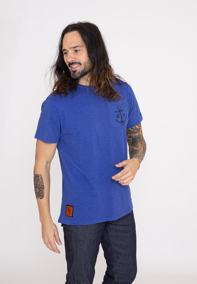 AUSTER  - T-shirt imprimé - blue