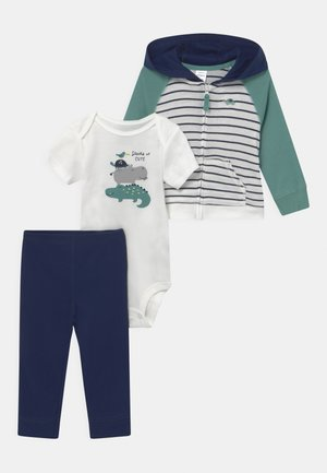 STRIPE SET - Printtipaita - dark blue/green