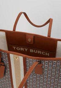 Tory Burch - GEMINI LINK TOTE - Tote bag - light umber gemini link - 4