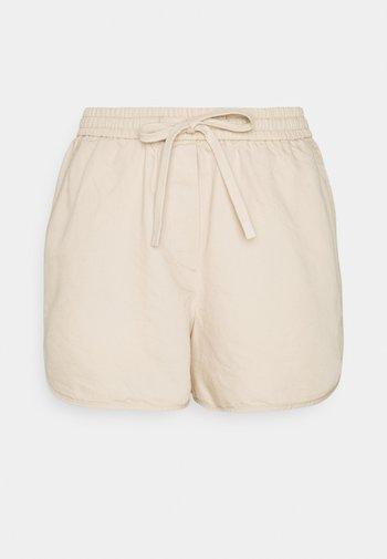 Shorts - island beach