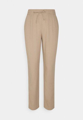 VMASTIMILO ANKLE PANTS - Trousers - beige
