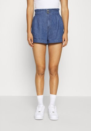 PLEATED EWAIST - Shorts di jeans - deep indigo